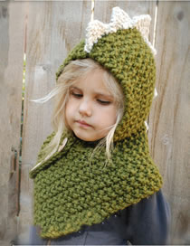 Lovely Green Dinosaur Shape Design Child Knitted Hat