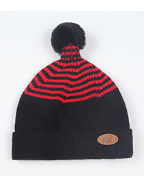 Fashion Black Star Pattern Decorated Child Knitted Hat