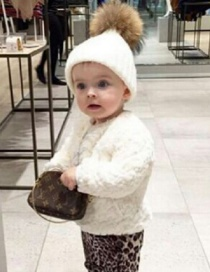 Simple White Pom Ball Decorated Hat For Baby
