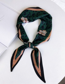 Fashion Green Laopard Pattern Decorated Scarf