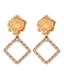 Fashion Gold Alloy Pearl Flower Square Earrings
