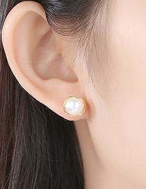 Fashion Gold Pearl S925 Silver Pin Stud Earrings