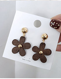 Fashion Gold Flower Wood Stud Earrings