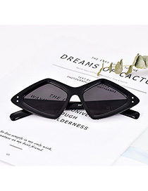 Fashion Black Resin Diamond Sunglasses