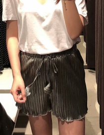 Fashion Silver Wooden Ear Pleated Lace Shorts