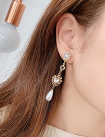 Fashion Gold Love Pearls With Diamond Drop Earrings