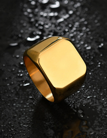 Fashion Gold Glossy Square Corner Ring