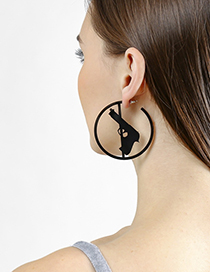 Fashion Black Pistol Ring Earrings