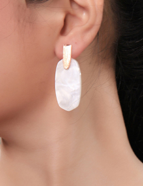 Fashion White Geometric Irregular Acrylic Plate Earrings