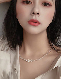 Fashion Transparent Natural White Crystal Wave Soda Necklace