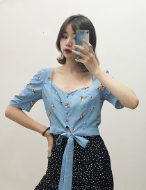 Fashion Blue Floral Print With A Small Shirt