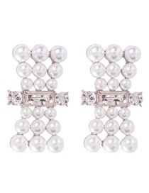 Fashion Pearl White Alloy Bow And Diamond Stud Earrings