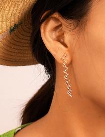 Fashion Gold Twisted Regular Geometric Alloy Vertical Stud Earrings