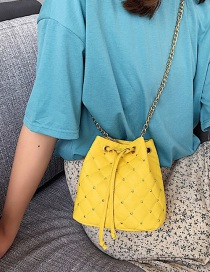Fashion Yellow Lingge Embroidery Thread Rivet Shoulder Messenger Bag