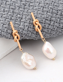 Fashion Gold Natural Pearl S925 Silver Needle Stud Earrings