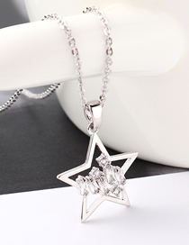 Fashion Platinum Star Shimmering Zircon Necklace