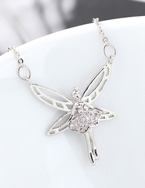 Fashion Platinum Dancing Butterfly Princess Zircon Necklace