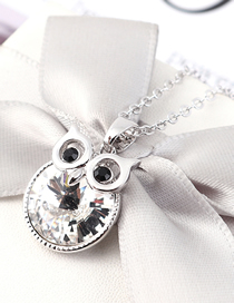 Fashion White Crystal Necklace - Staying Owl