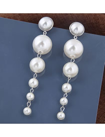 Fashion Silver Metal Size Pearl Stud Earrings