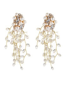 Fashion White Acrylic Crystal Fringe Floral Diamond And Pearl Earrings