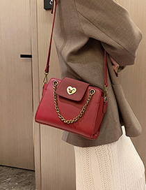 Red Locked Hand Chain Single Shoulder Messenger Bag