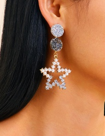 Fashion Gold Pentagram With Diamond Cutout Earrings