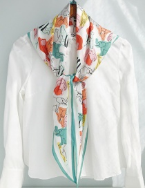 Fashion Diamond Shaped Colored Animal On White Twill Diamond Scarf Scarf