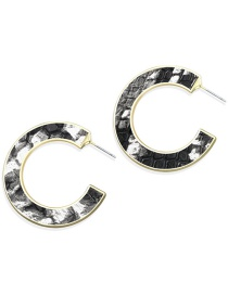 Fashion Black And White C-letter Earrings