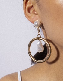 Fashion Gold Ring Shaped Pearl Earrings