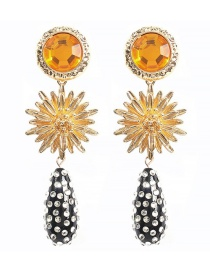 Fashion Yellow Alloy Rhinestone Geometric Earrings