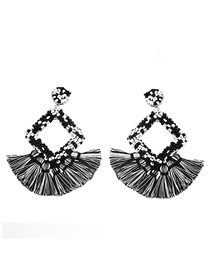 Fashion Black And White Mizhu Fringed Geometric Diamond Earrings