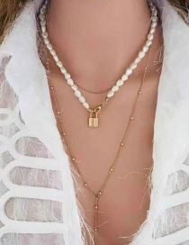 Fashion Gold Shaped Pearl Lock Necklace