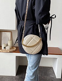 Creamy-white Embroidery Chain Single Back Messenger Bag