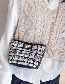 Fashion White Woolen Winter Chain Shoulder Bag