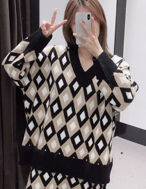 Fashion Khaki Diamond Pattern Jacquard V-neck Knitted Sweater