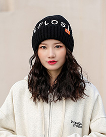 Fashion Black Knitted Hat With Printed Letters