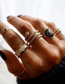 Fashion Golden Serpentine Eye Geometric Ring Set
