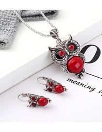Conjunto De Collar De Pendientes De Diamantes De Búho