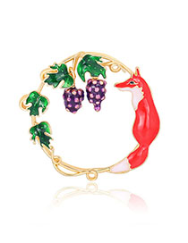 Fashion Golden Alloy Drip Grape Round Fox Brooch