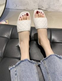 Fashion White Square Head Diamond Pattern Word Wear Flat Sandals And Slippers