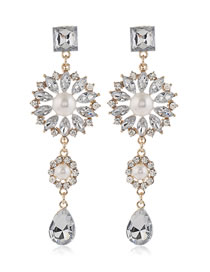 Fashion White Diamond Pearl Sunflower Drop Earrings