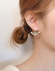 Fashion Golden Diamond And Pearl Geometric Alloy Stud Earrings