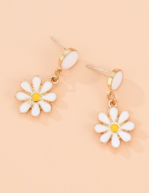 Fashion White Flower Drop Earrings