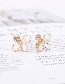 Fashion White Dropped Flowers And Diamond Earrings