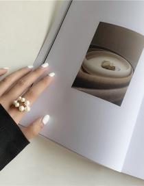Fashion White Gradient Crescent Pearl Open Ring