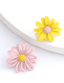 Fashion Pink Yellow Flower Contrast Color Alloy Spray Asymmetric Earrings