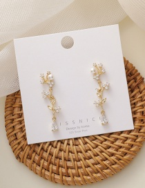 Fashion Champagne Gold Micro Inlaid Zircon Pearl Leaf Flower Earrings