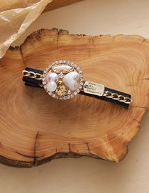 Fashion A Duckbill Clip Diamond And Pearl Round Geometric Alloy Hairpin