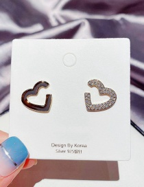 Fashion Real Gold Color Plated Asymmetric Micro Zircon Heart Earrings