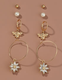 Fashion Gold Color Pearl Butterfly Diamond Alloy Flower Earring Set